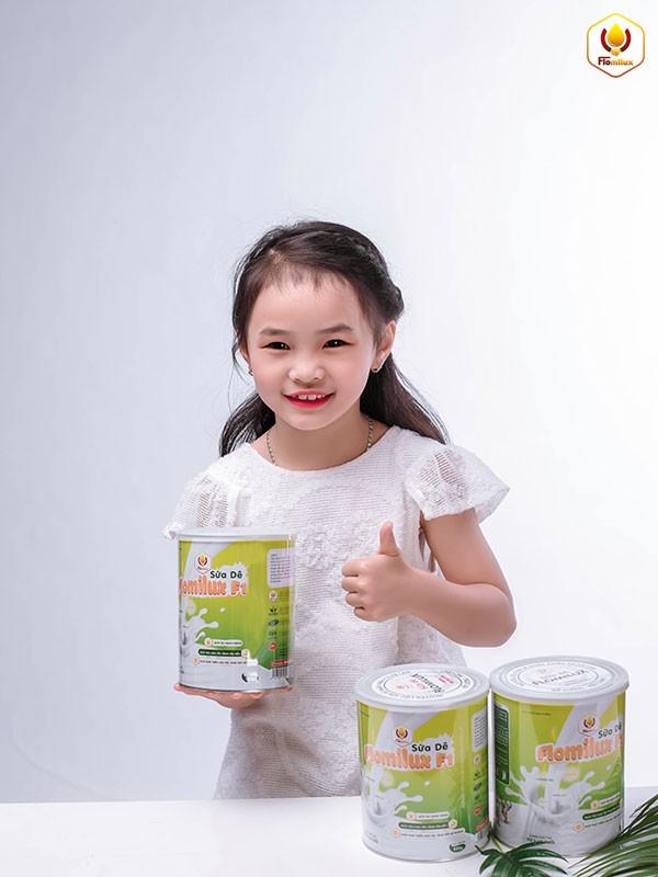 Trẻ Sử Dụng Sữa Dê Flomilux F1 Tăng Sức Đề Kháng